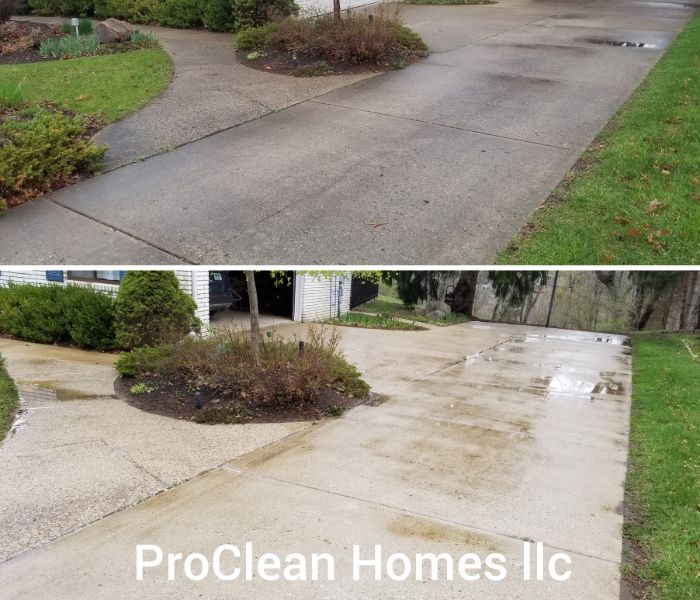 Before and after pictures of a driveway pressure washer in Lincoln Park.